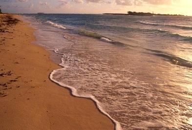 """Lanai's Kaiolohia or ""Shipwreck Beach"""""
